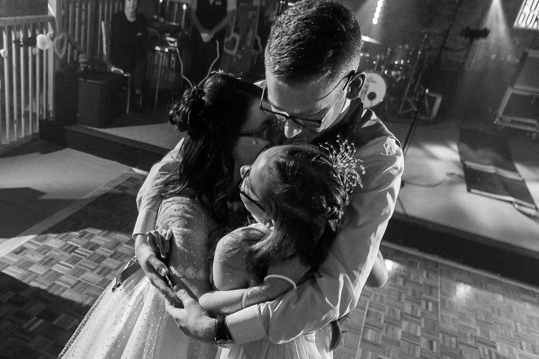 New House Farm Wedding Photography - N&P - couple hugging on the dance floor